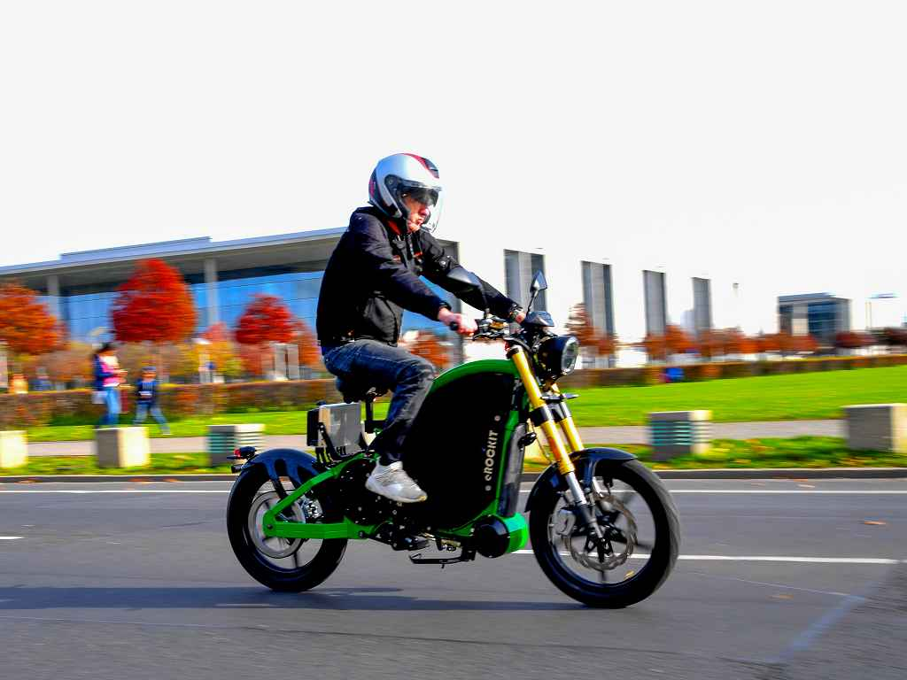 01_erockit_motorbike-2-1